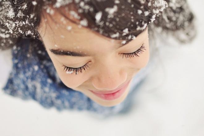 11085460-R3L8T8D-1000-snowflakes7